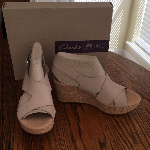 e3172caea72a New Clarks Sandals Platform Wedge Sand Nubuck W9
